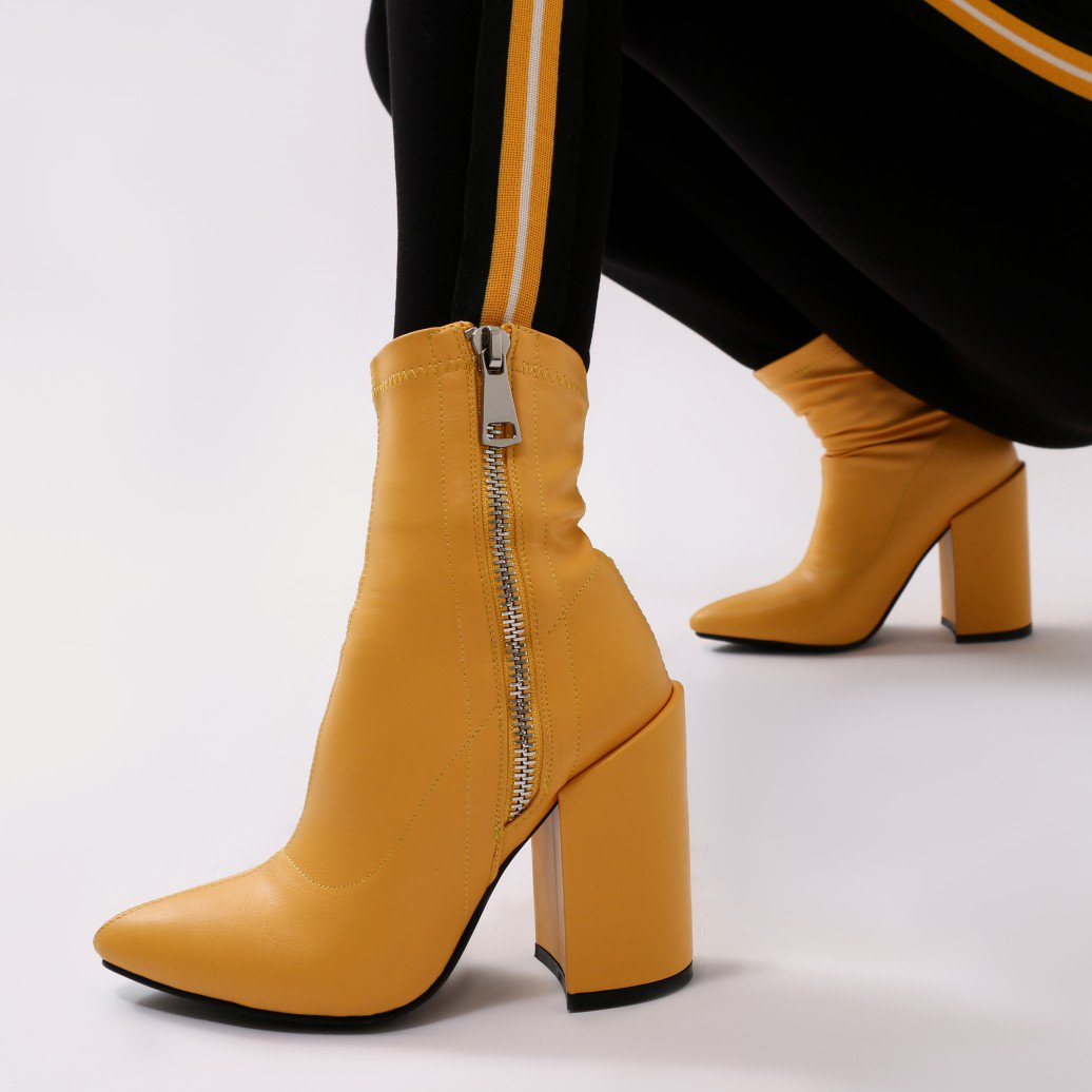 38bbe25a61ce Public Desire Womens Renzo Sock Fit Pointed Ankle Boots Exposed Zip ...